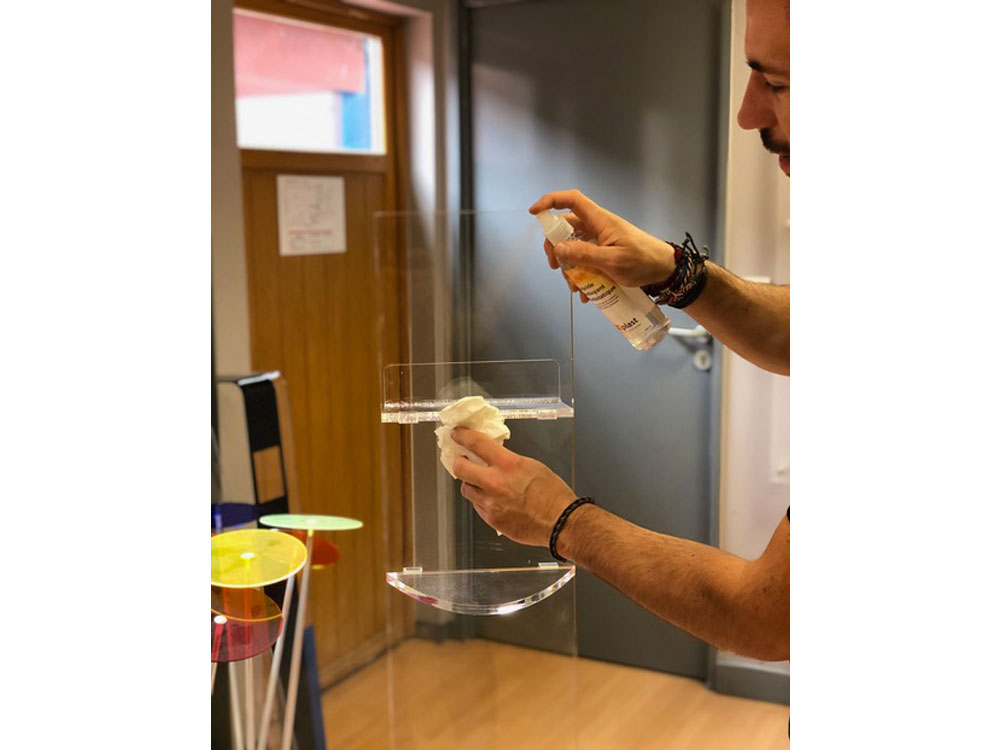 plexiglass nettoyage